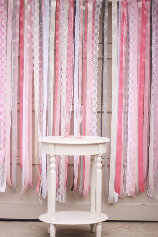 ribbon-lace-wedding-photo-backdrop