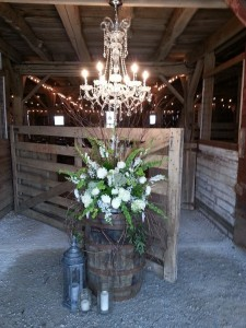 indiana-barn-on-boundary-flowers-barrell-chandelier