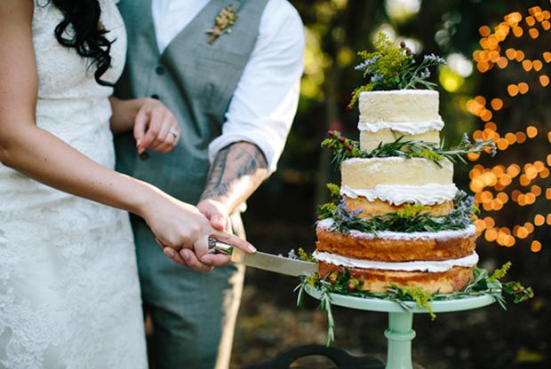 Wedding Trends, Naked Wedding Cakes