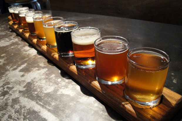 brewery tour, beer tasting, wine tasting, drinks, bar, bachelor party ideas