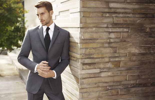groom trends: charcoal wedding day suits