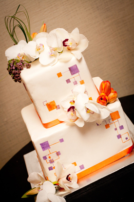 Brian and Will's Boxy-inspired wedding cake design