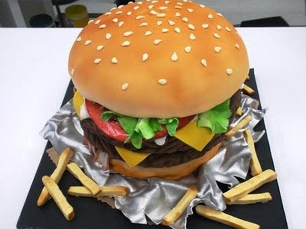 cheeseburger grooms cake