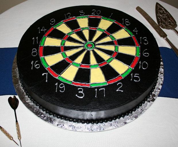 dartboard grooms cake