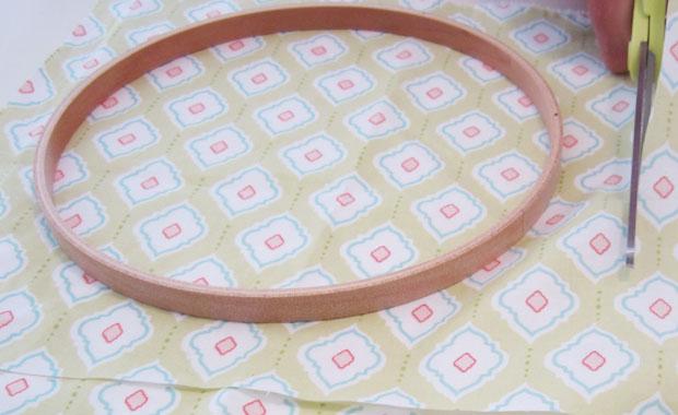 diy fabric hoops | nursery, wedding, home decor