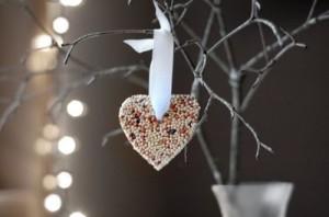 heart shaped birdseed wedding favors