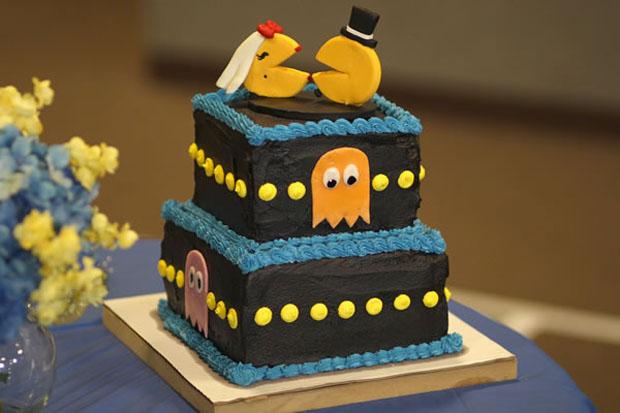 pacman grooms cake