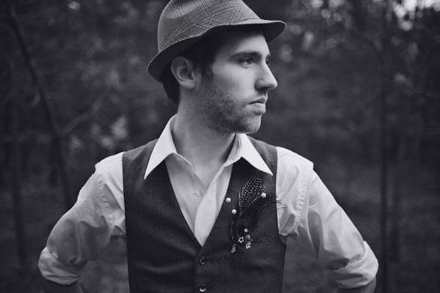 groom hat trends - vintage style felt